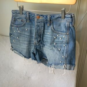 Hollister pearl shorts